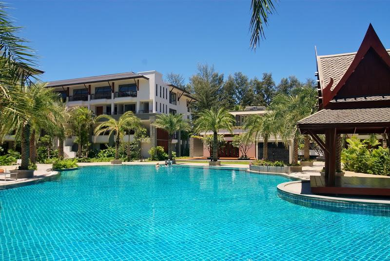 Pearl of Naithon Resort