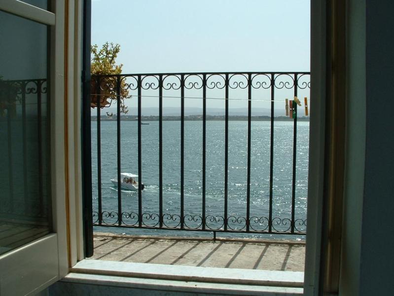 ALFEO Apt, Amazing Sea View