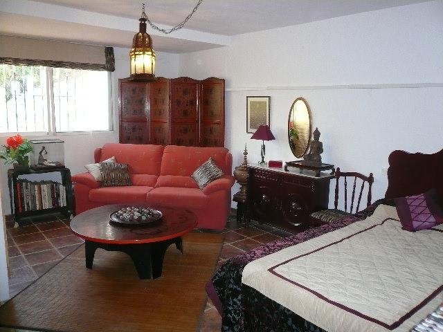 Burma bedroom