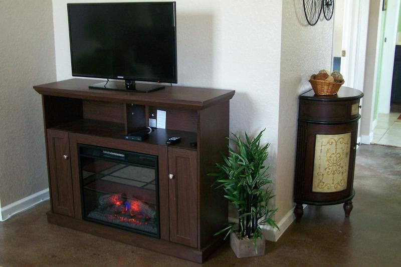 Living Room-Hd TV and Electric Fireplace
