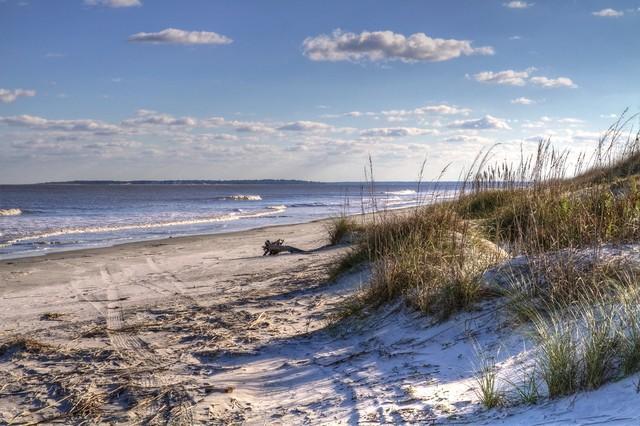 THE BEACH- 2 MILES
