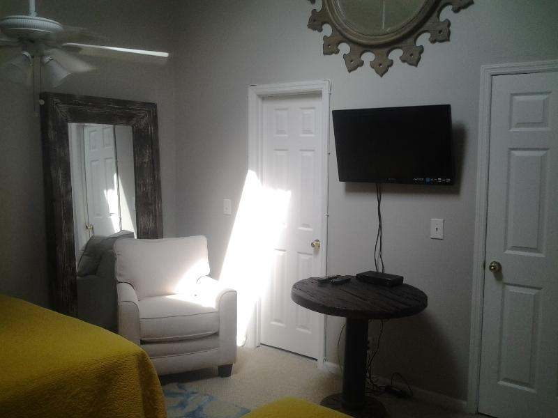 2ND BEDROOM WITH TV