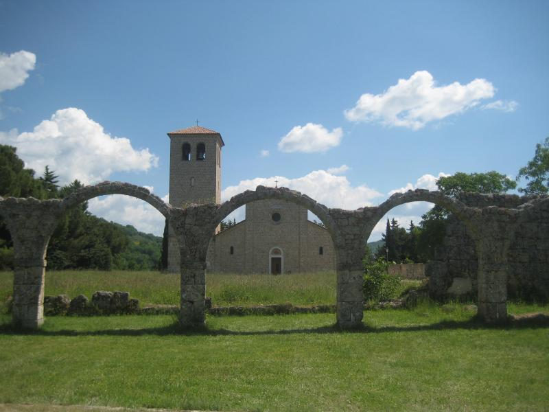 ROCCHETTA A VOLTURNO, Molise, ITALY 2 Bed House, holiday rental in Montaquila