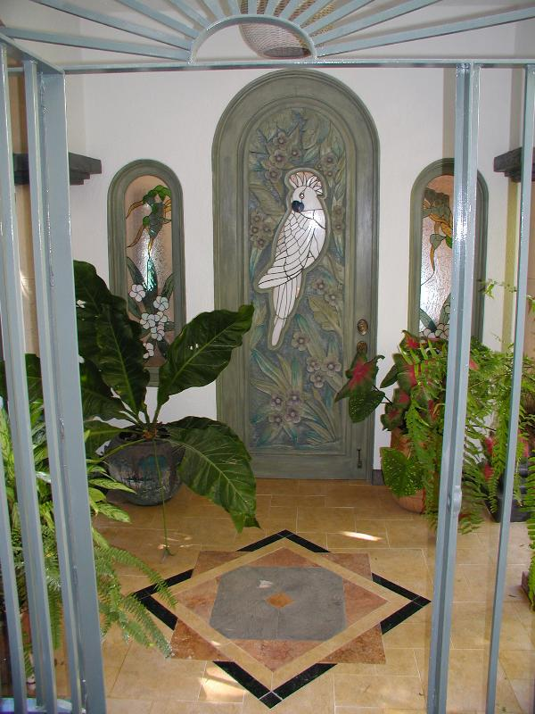 Front Entrance, Welcome to Casa de la Hoja