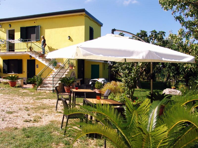 b&b Silvana, vacation rental in Belmonte Calabro