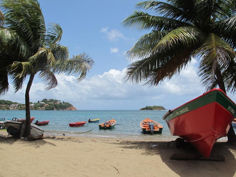 Villa Marie Daniel  F6 les pieds dans l'eau , wifi et kayak gratuit, vacation rental in La Trinite