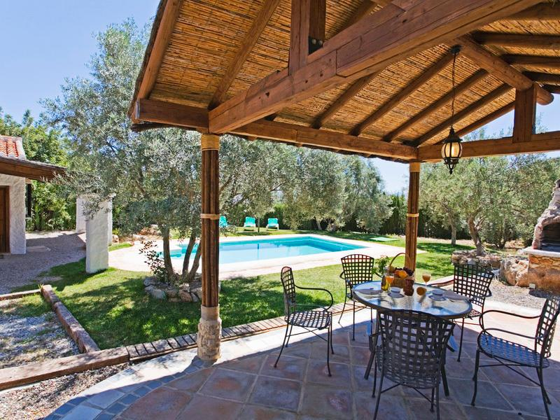 Rocabella Villa Clavelina, holiday rental in Ardales