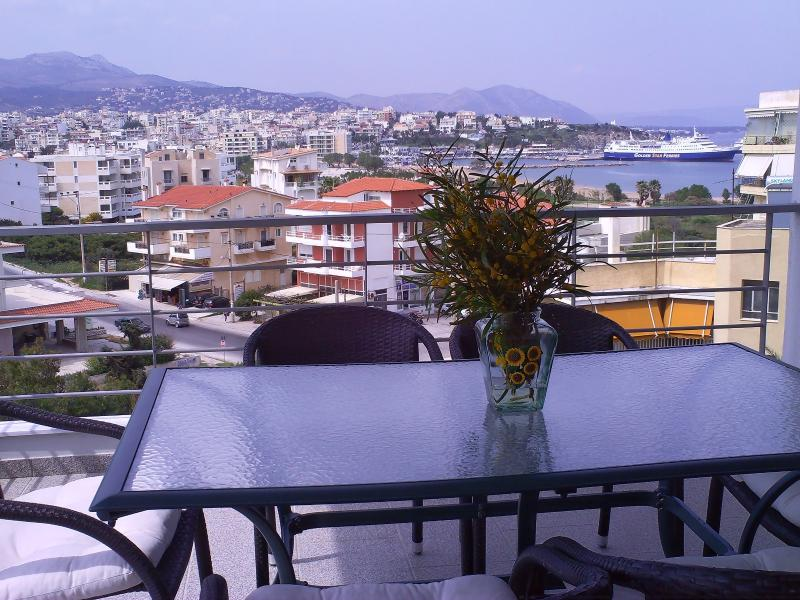 Paradise sea view in Rafina, vacation rental in Rafina