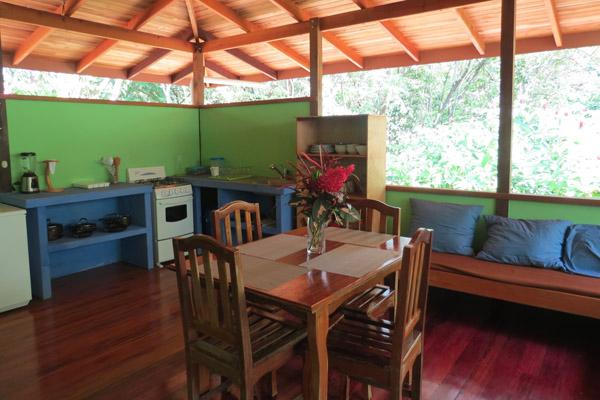 Casa Titi @ Cabinas Ola Mar, vacation rental in Province of Cartago