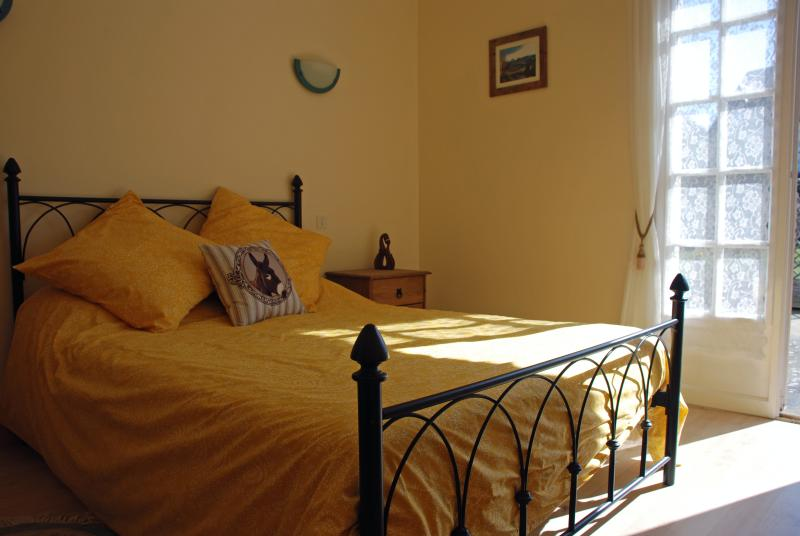 Chambre Morbihan is a sunny room with patio doors and sole use of family size bathroom