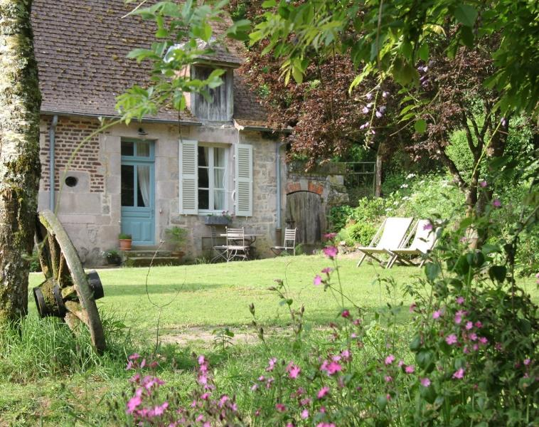 Domaine de Villette - Escargot, holiday rental in Uxeau