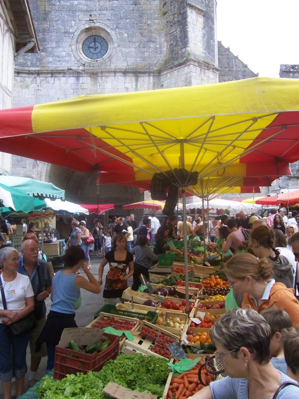 Sunday Market in Issigeac, with basket market in summer (30 kms away)