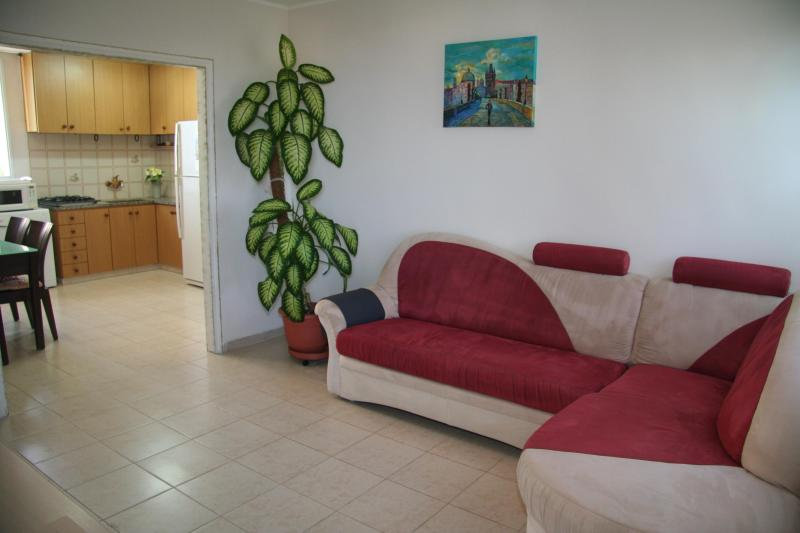 3room apartment on Carmel mountain, holiday rental in Kefar Uriyya