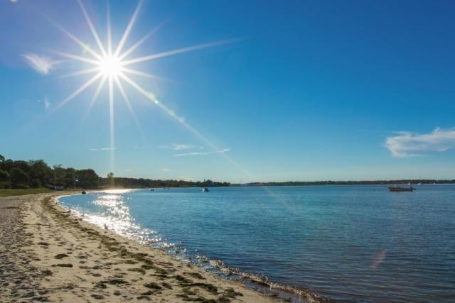 Sag Harbor Bay Beach 200 feet from the house, soft sand and gentle underwater grade slope + for kids