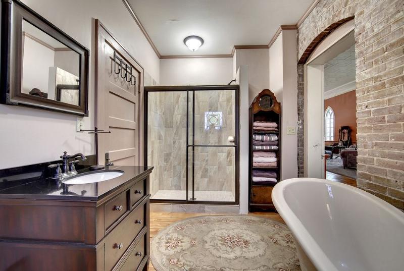 Bathroom View II