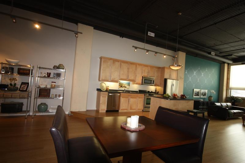 Luxury loft Living !, holiday rental in Saskatchewan