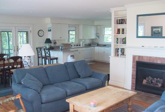 Open Space: soggiorno vista alla cucina
