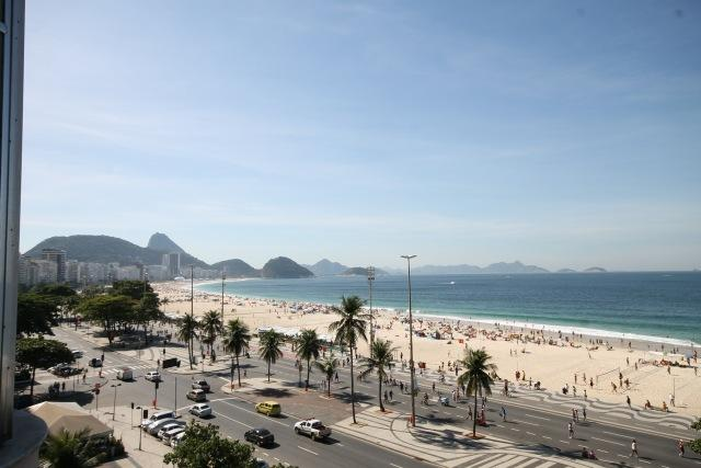 From the windows you can see Copacabana beach in 180