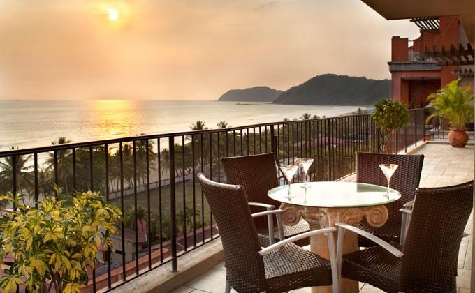 Luxury Ocean Front Condo-Jaco Beach.  Best Value – semesterbostad i Santiago de Puriscal