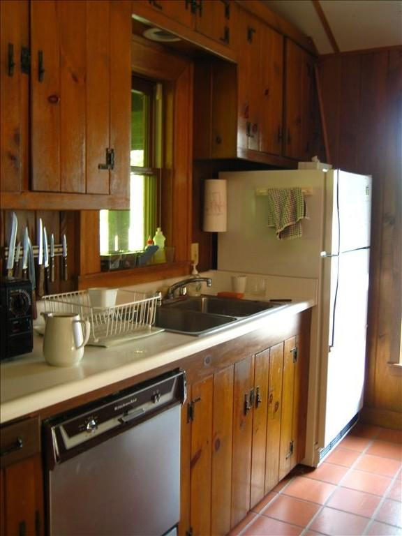One side of the kitchen.