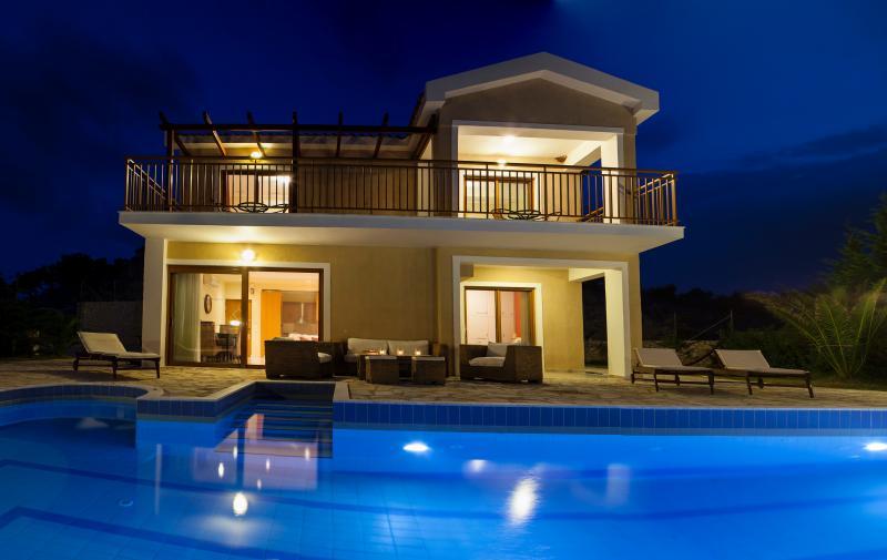 Villa di capri, holiday rental in Kefalonia