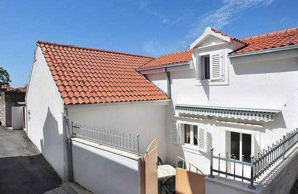 konoba house, vacation rental in Supetar