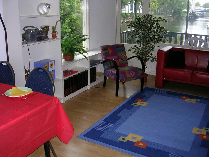 La sala de estar con terraza