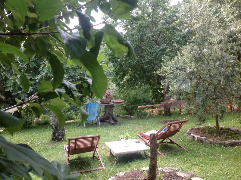 Villa Serena, holiday rental in Montelovesco