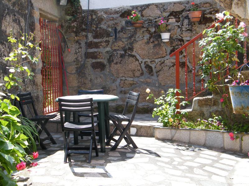 Casa de pueblo Manoli, aluguéis de temporada em Nogueira de Ramuin