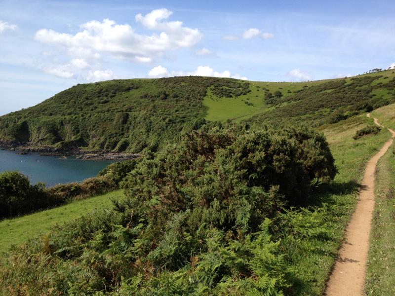 Coast path walk to the ancient smuggling village of polperro