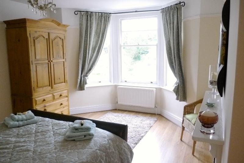 The gorgeous light and spacious King-Size Master Bedroom - With river views