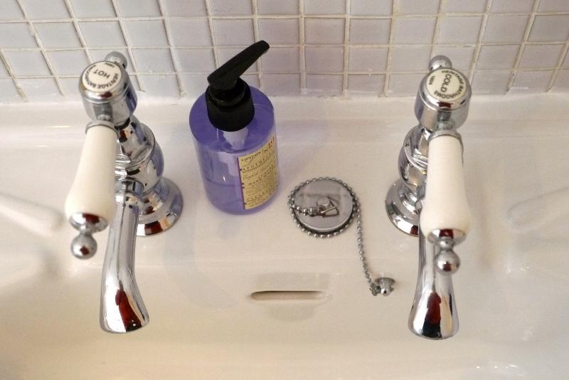 Fine Details - Beautiful taps & Luxury Tolietries