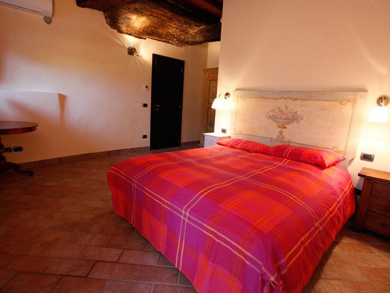 Vallereggi, holidayhome w pool, location de vacances à Castelfranco Piandisco