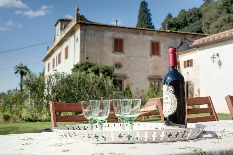 Macia Farmhouse: near Florence!, holiday rental in Calenzano