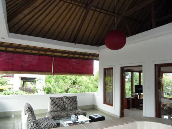 VILLA 240 M2 for OVER CONTRACT, holiday rental in Dalung