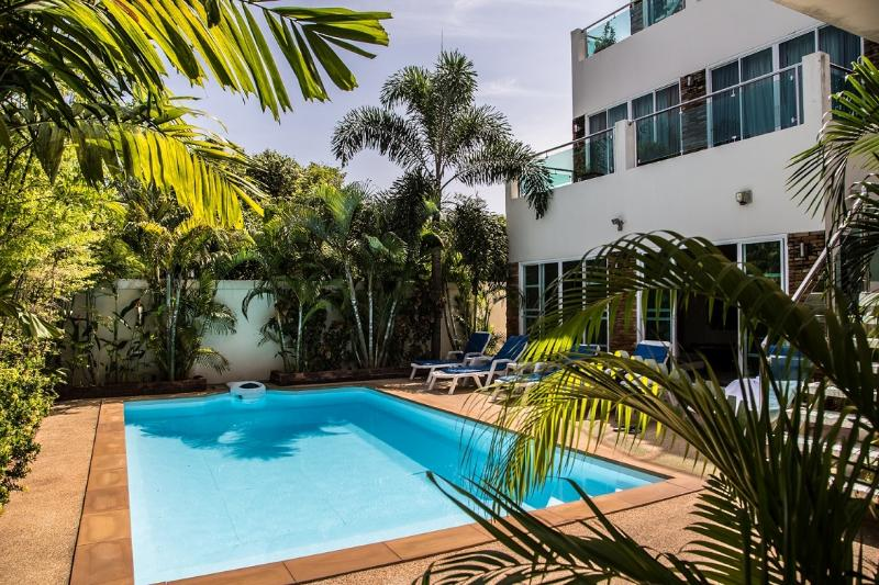 Spacious Family Villa, vacation rental in Phuket