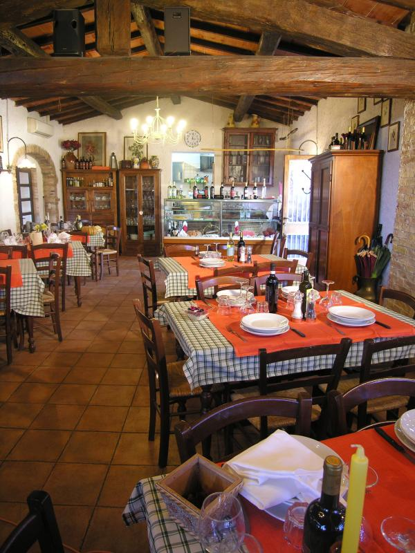our restauranthere you can taste real tuscan dinner