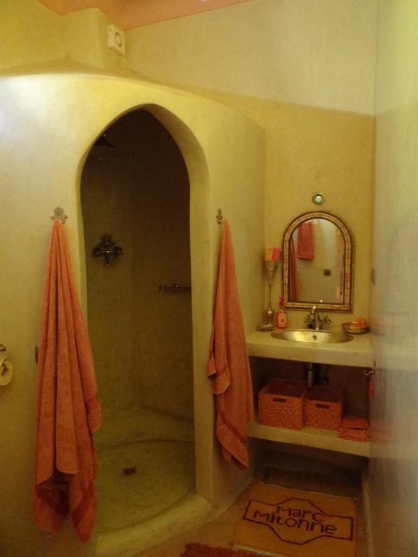 Shower Ouerzazati
