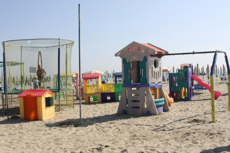 Fun at the beach for children housed in Residence Adriatica Cervia