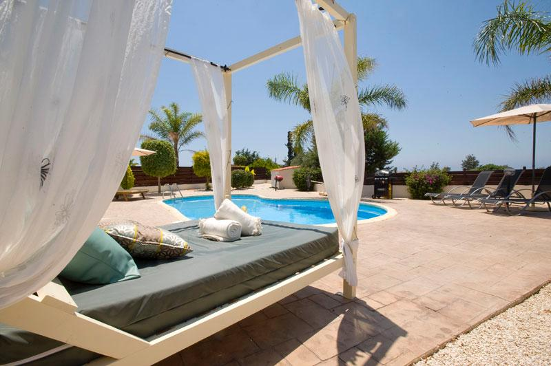 Villa St George - Agios Georgios, holiday rental in Tremithousa