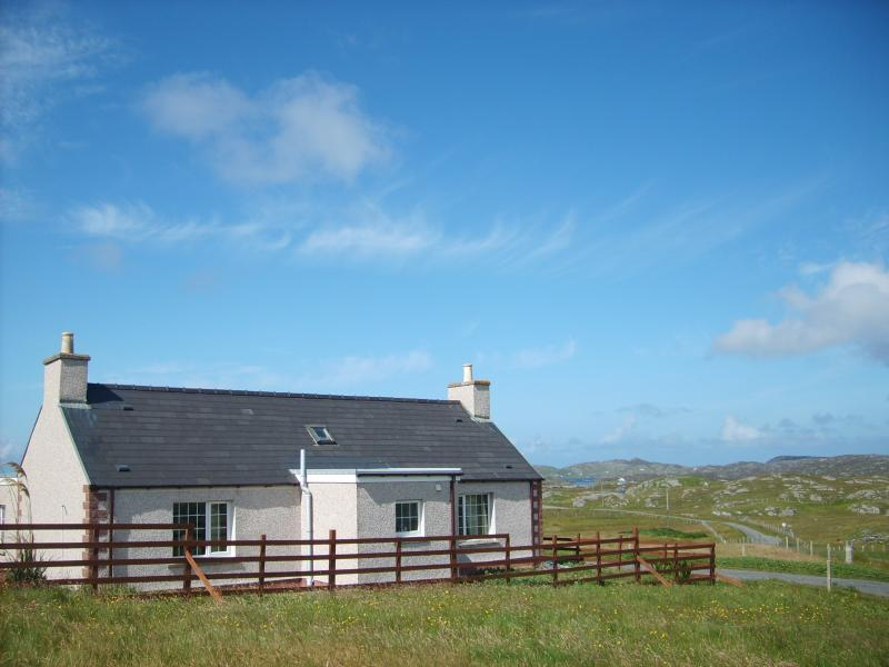 Harsgeir Holiday Cottage WiFi Go Green, vacation rental in Lewis and Harris