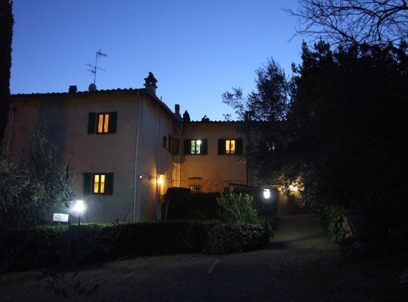 Villa Nobili Flat in Villa esternal wiew in night