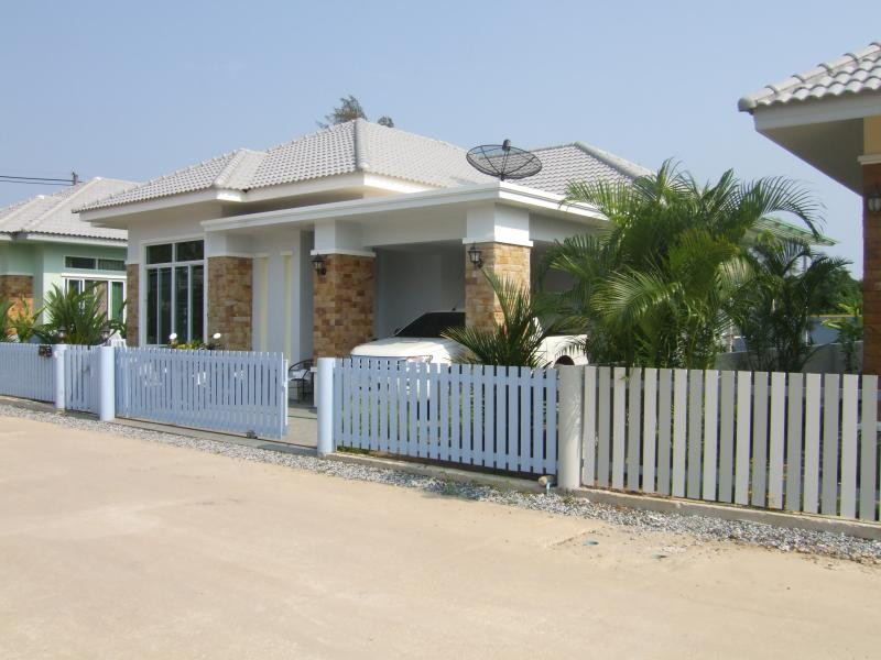 Soi Suan Son Bungalow, vacation rental in Ban Phe