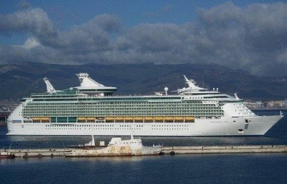 View from Terrace - Passing Cruiseships