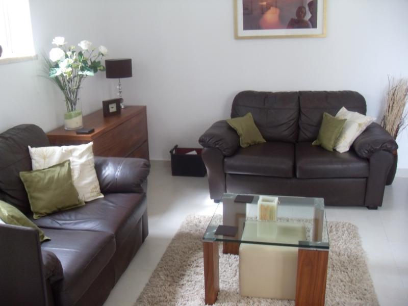 2 Bedroom Apartment In Burgau (4439 Al) 50 Meters From The Beach. (FREE WIFI), holiday rental in Burgau
