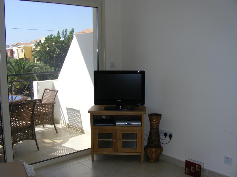 Grande televisione con canali Sat-Nilo
