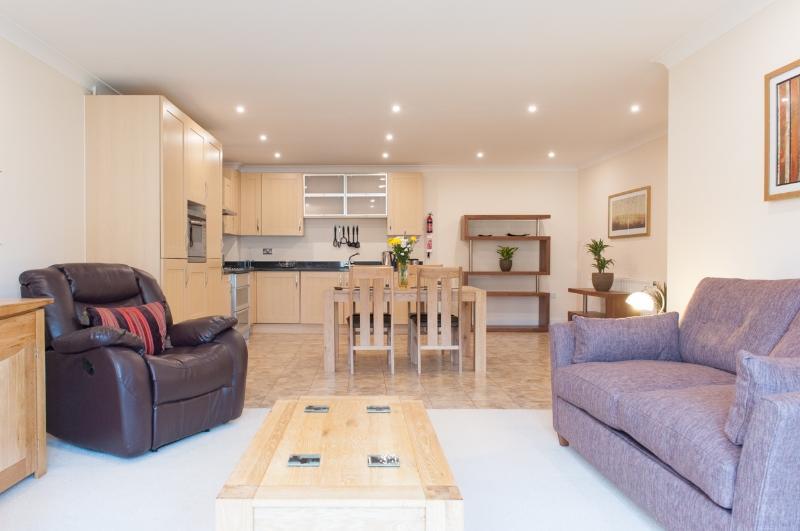 ⭐️Camstay Longworth Avenue - 1 Bedroom⭐️, vacation rental in Cambridge