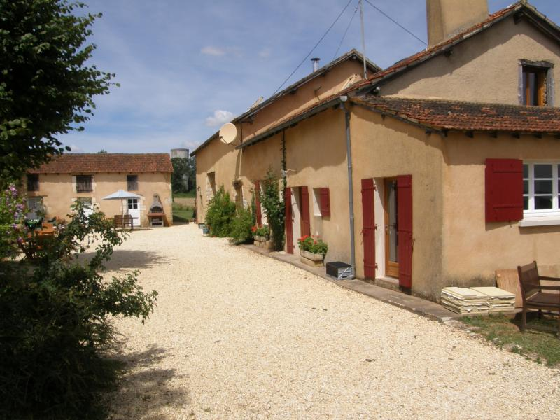 House & Barn with courtyard