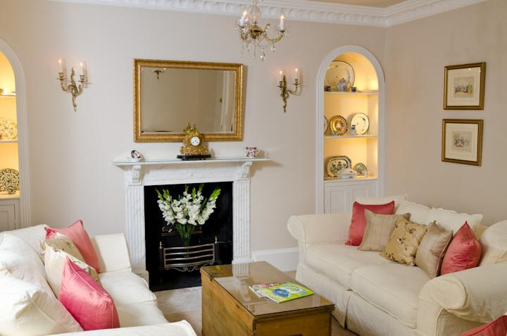 The pretty sitting room