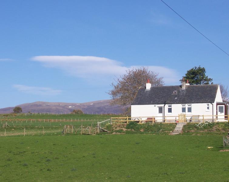 Cottage with Ben Wyvis in background